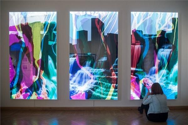 Vissza a jövőbe - kiállítás a Mai Manó Házban