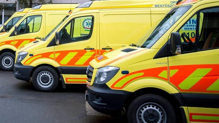 Négy mentőállomást korszerűsítettek magánadományból