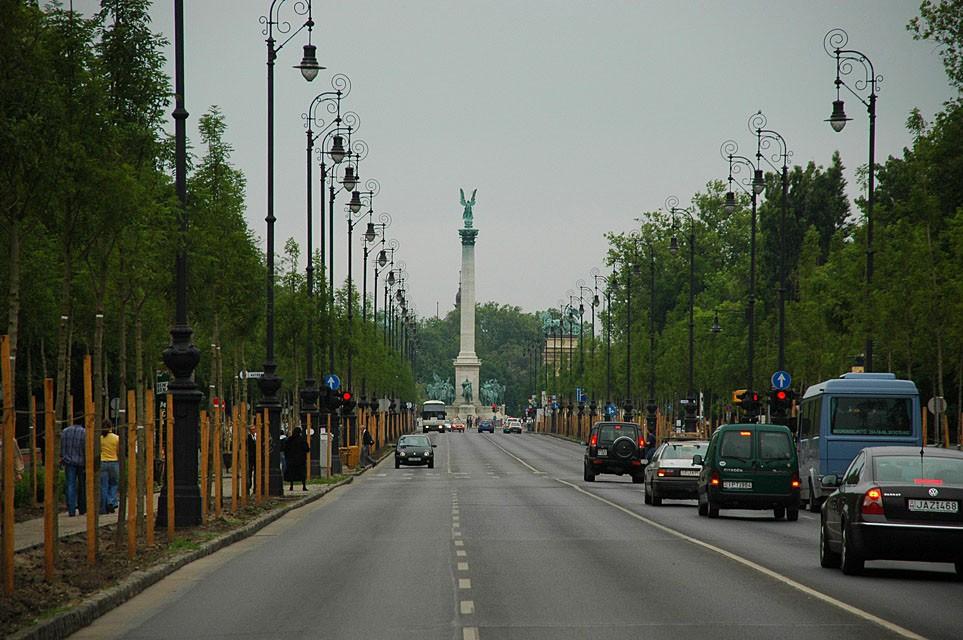 Javul a környezetbiztonság, új fákat kap a főváros