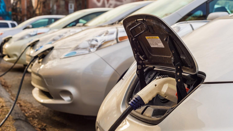 86 ezer forintnyi üzemanyagból utazták körbe a földet