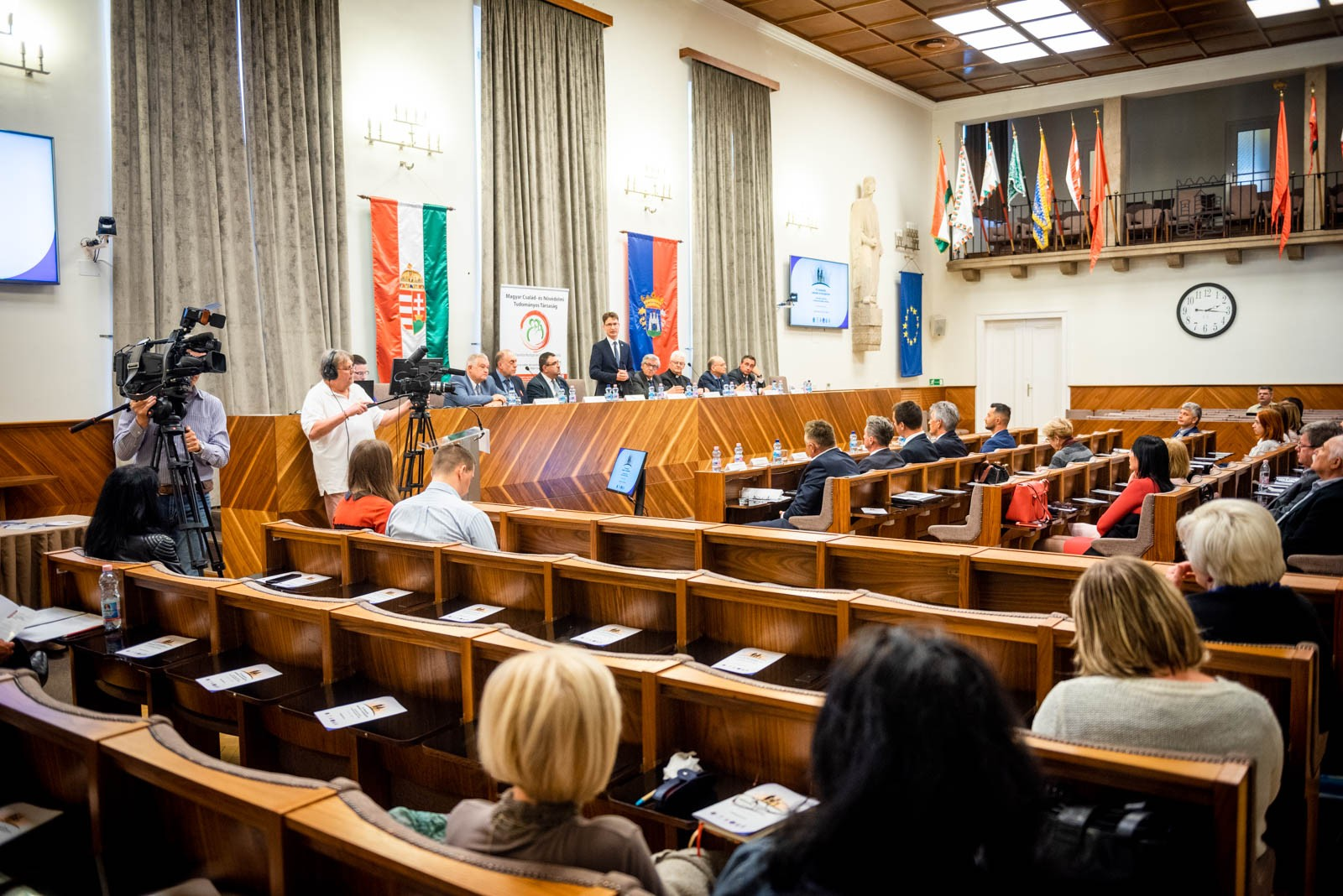 Történelmi helyszínen tartották a demográfiai konferencia következő állomását