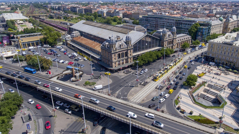 Döntés született: elbontják a Nyugati téri felüljárót