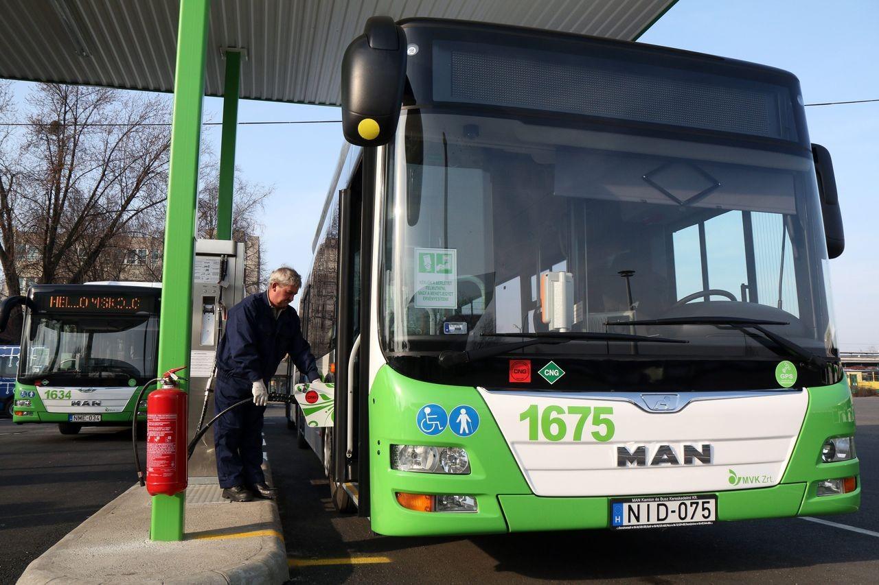 Kaposvár tömegközlekedését is támogatja a Főgáz CNG
