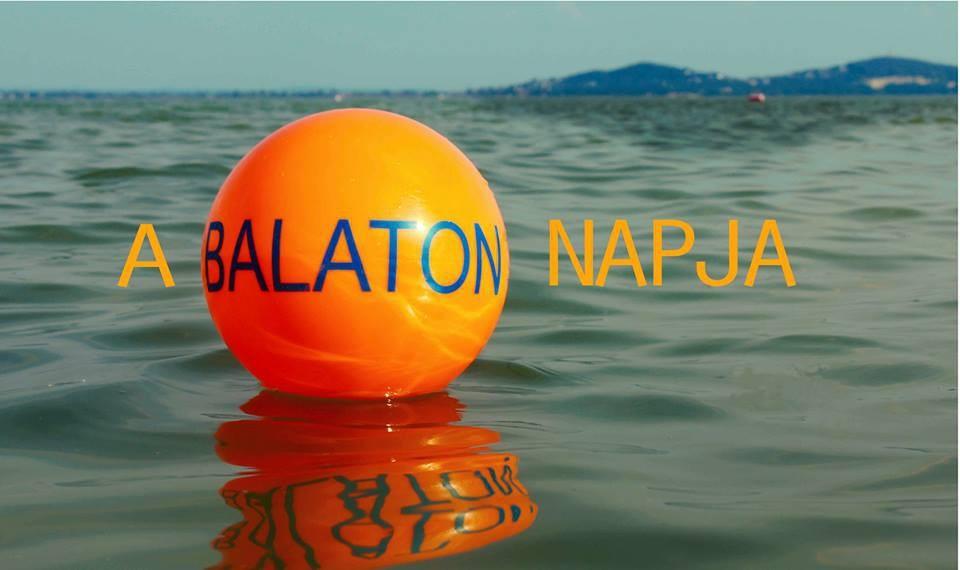 Körbekoccintással indul a Balaton Napja