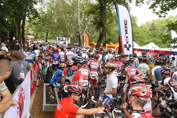 Hétvégén rajtol a Tour de Pelso