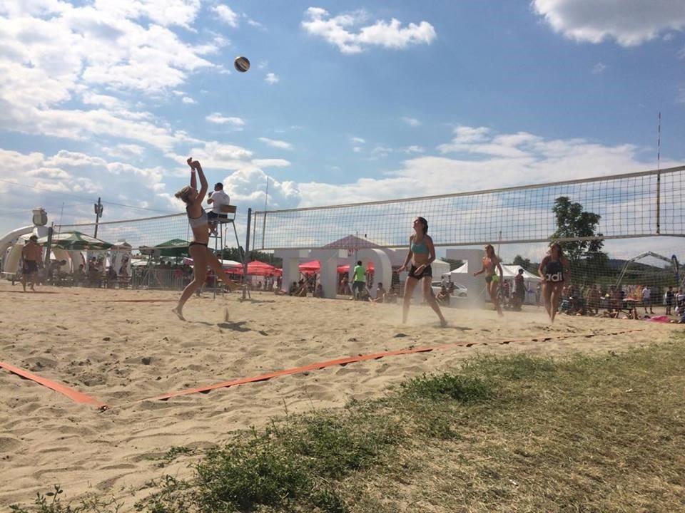 Strandröplabdában is erősek a Kaposvári Egyetem sportolói