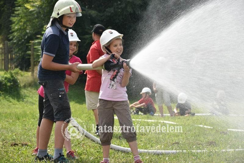 Ifjúsági tűzoltó tábort rendeznek Látrányban