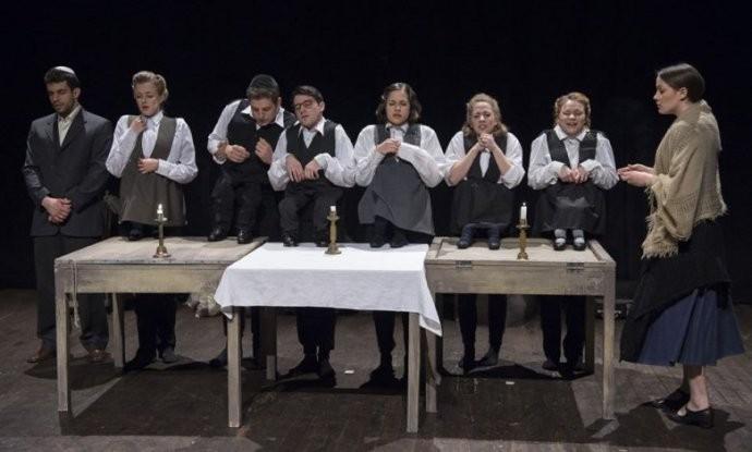 Mengele törpéi - kaposvári színészhallgatók elevenítik meg a Liliputi Társulat történetét