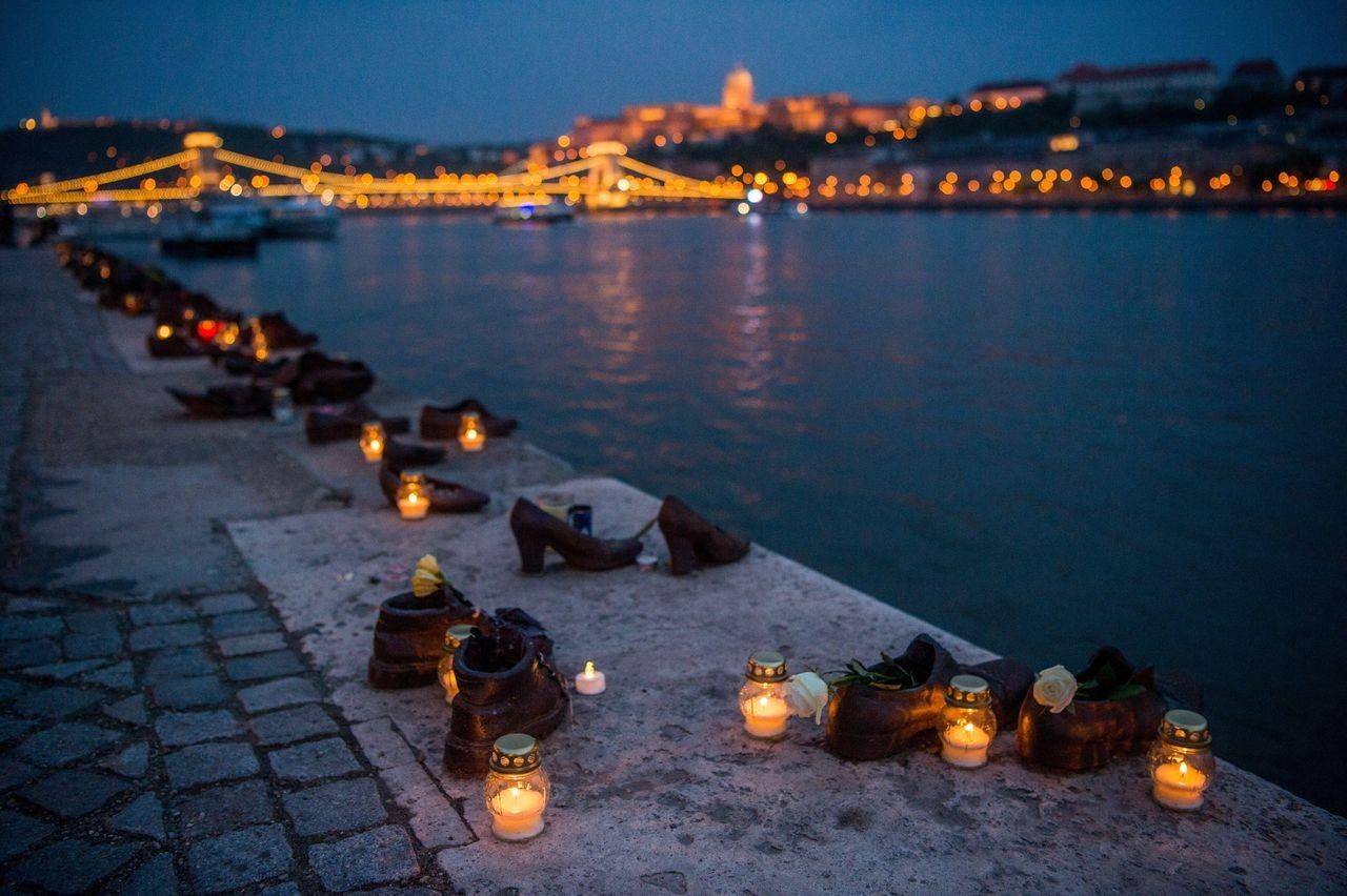 Holokauszt-emléknap - Rétvári: bízunk benne, hogy Magyarország a béke szigete marad a zsidóságnak