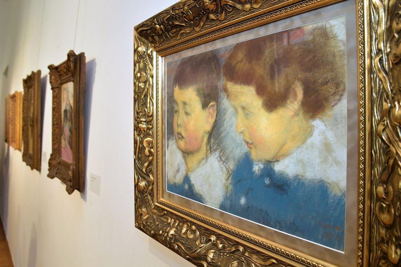 Kaposvári festőművész alkotásaiból nyílt kiállítás Zágrábban