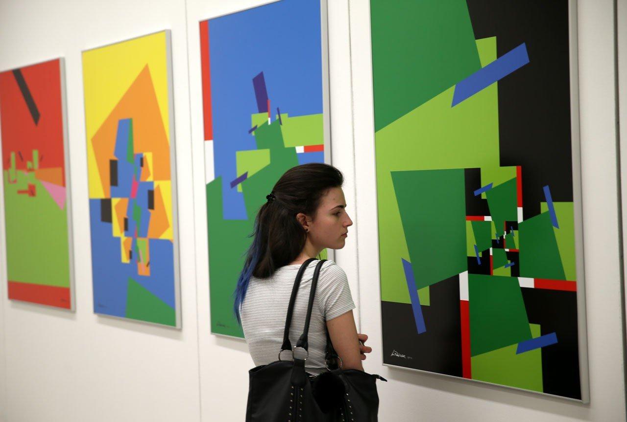 A művészet hidat képez a nemzetek között - kiállítás a Kaposvári Egyetemen