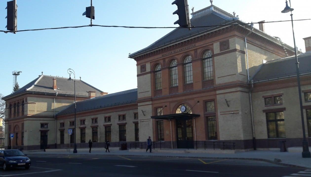 Bővítik a csapadékvízelvezető-csatornák számát a kaposvári vasútállomásnál