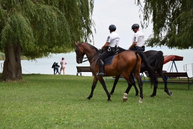 Eredményes volt a rendőrség együttműködése a társszervezetekkel a Balatonnál
