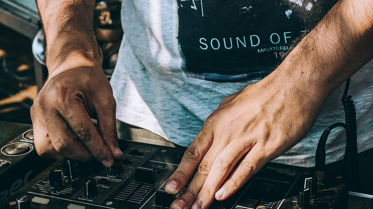 Balaton Sound - Underground dj-k sora lép fel Zamárdiban