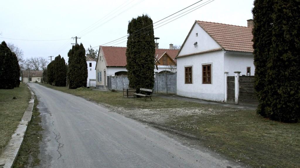 Több száz fejlesztés indul a Magyar falu program keretében