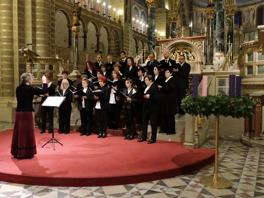 Pécsen is népszerűek a bátaszéki dalosok
