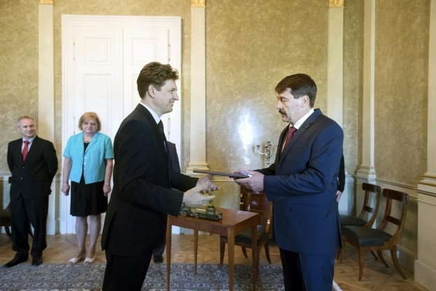 Kinevezték Süli János két új államtitkárát