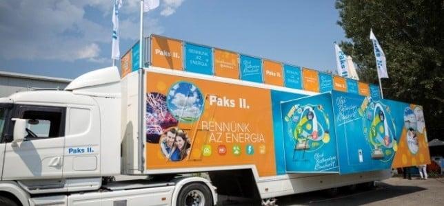Bátaszékre érkezik a paksi bővítést bemutató kamion