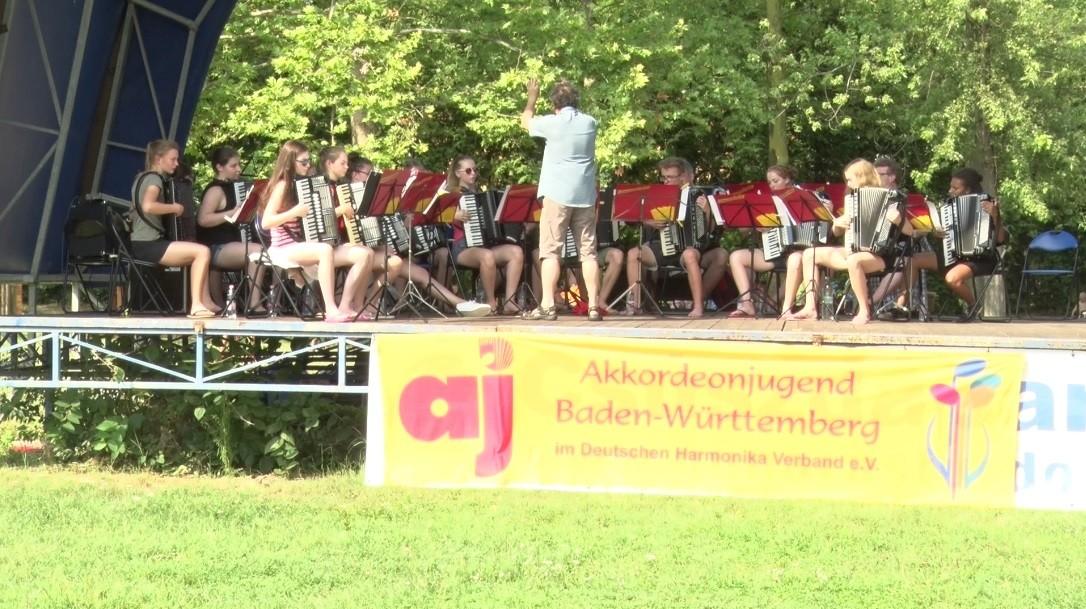 Ifjú német harmonikások mutatták be tudásukat Dombóváron