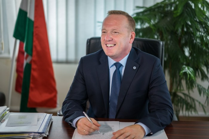 A Fidesz-KDNP jelöltje nyerte a polgármester-választást Pakson