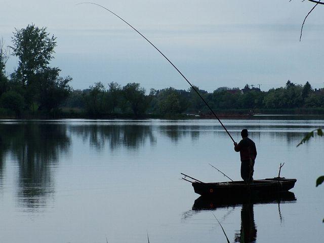 Közel 400 millió forintból fejlesztik a Duna-holtágak partját Tolnában