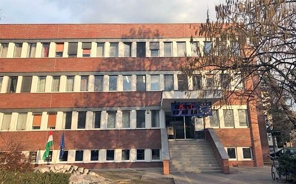 Átadták a Tolna Megyei Járási Hivatal felújított épületét
