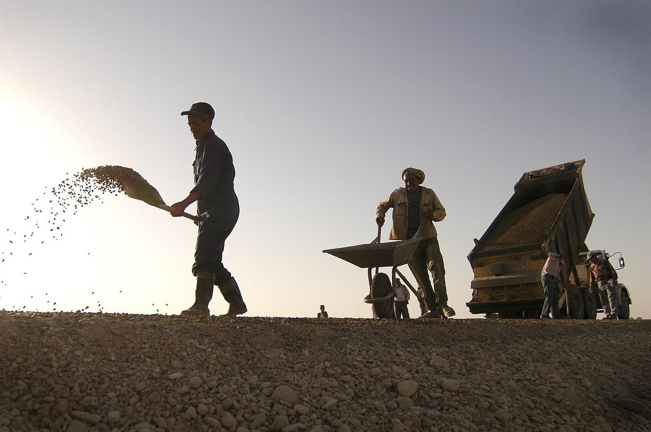 Szekszárd térségében 1,2 milliárd forintos útprogram indul