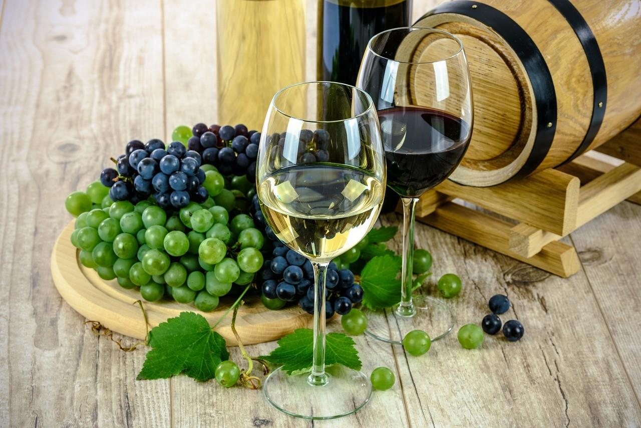 Nemzetközi versenyen mérettek meg paksi borok