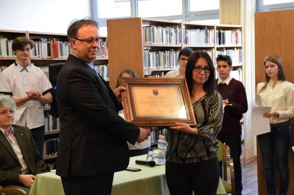 Új nevet kapott a dombóvári könyvtár