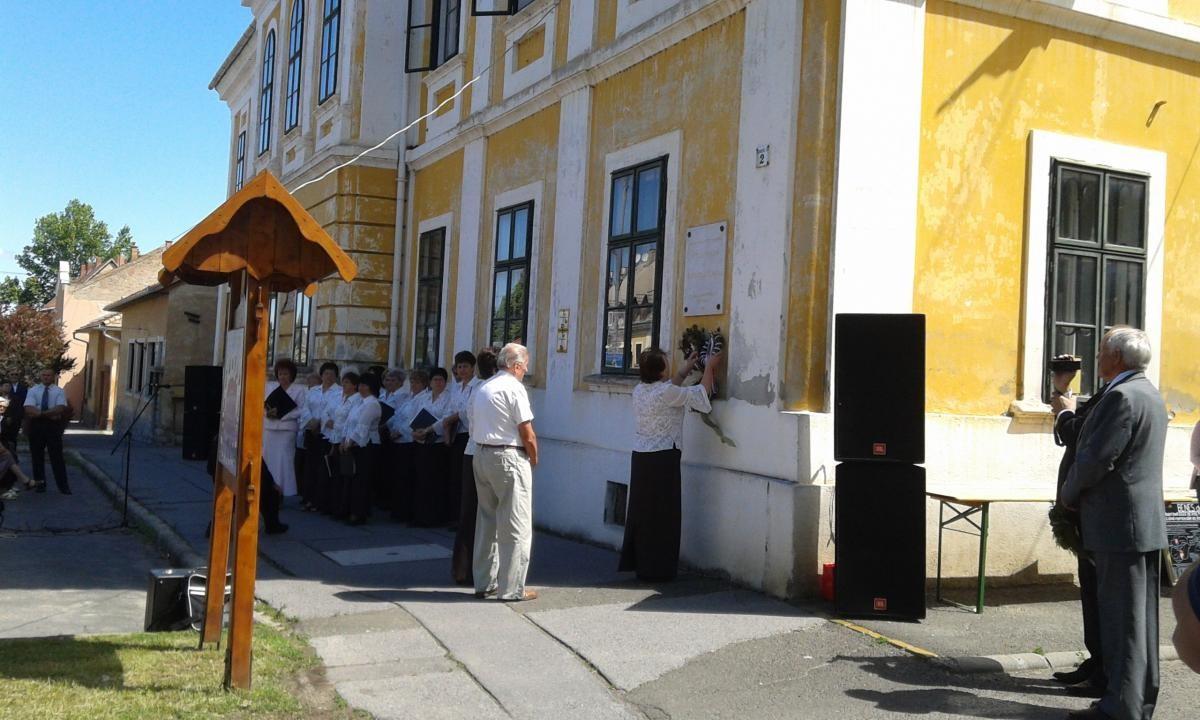 Felvidékről kitelepítettek találkoznak Bonyhádon