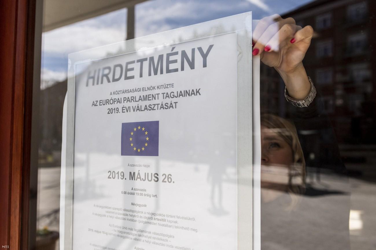 Rendkívüli nyitvatartás lesz az EP-választás hétvégéjén a kormányablakokban