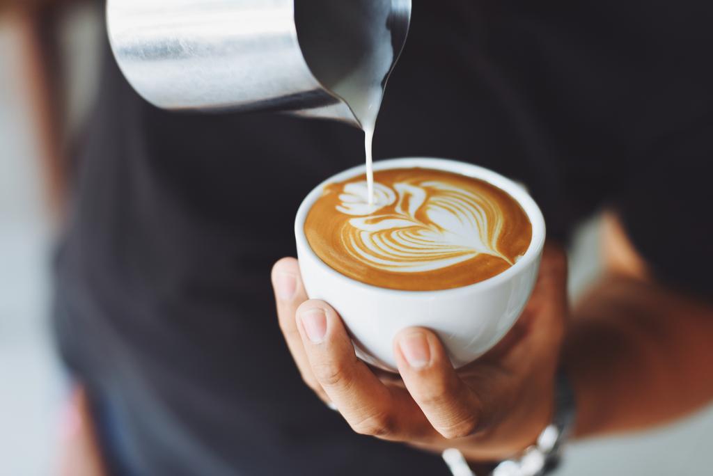 A sok kávé az eddig véltnél kevésbé ártalmas a szívre